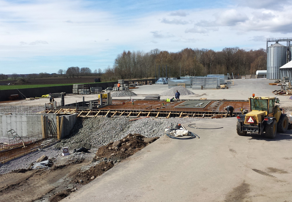 2014-04-15 Preparation prior to casting and assembly of potential equalization.