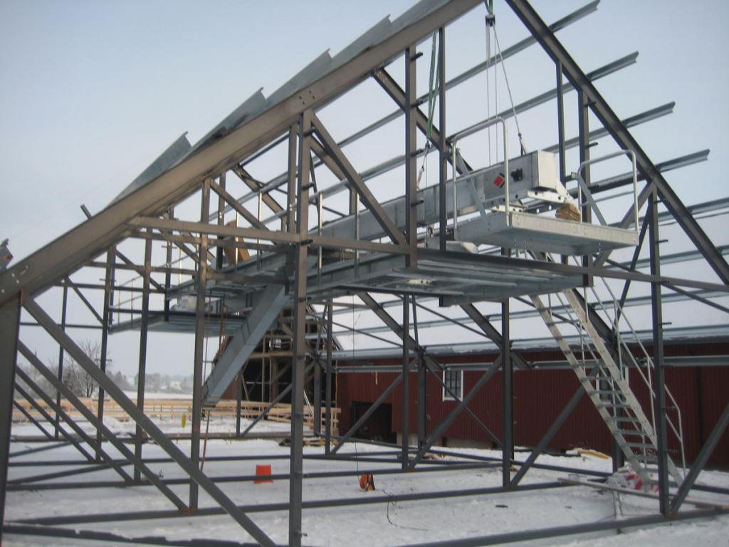 Kedjetransportör monteras i taket